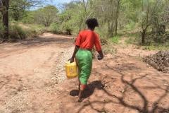 Kenya20308-20309-Carrying-water