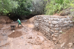 Kenya21400-21401-Hauling-rocks-4