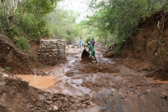 Kenya21400-Preparing-dam-site-5